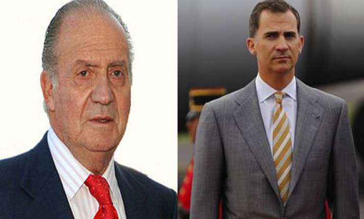 spain s new king felipe vi to assign duties to his father