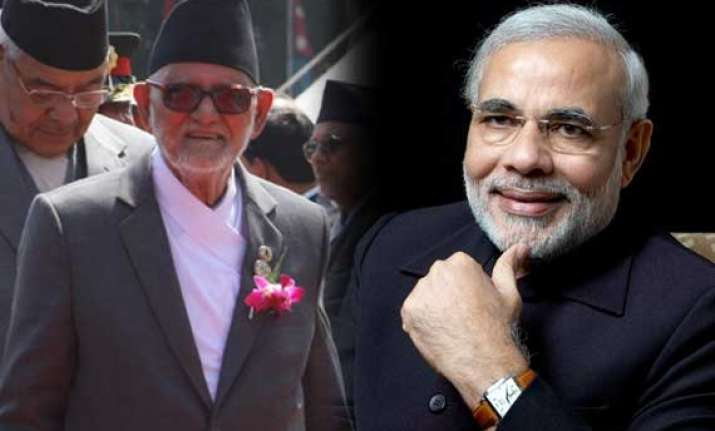 special gesture narendra modi to be received by nepal pm