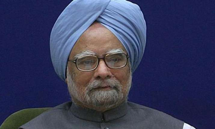 sri lanka wants manmohan to attend commonwealth summit in