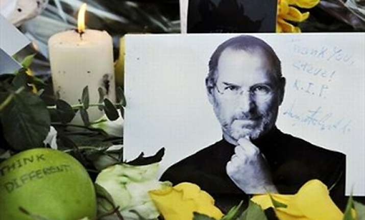 steve jobs failed trying to beat cancer with alternative