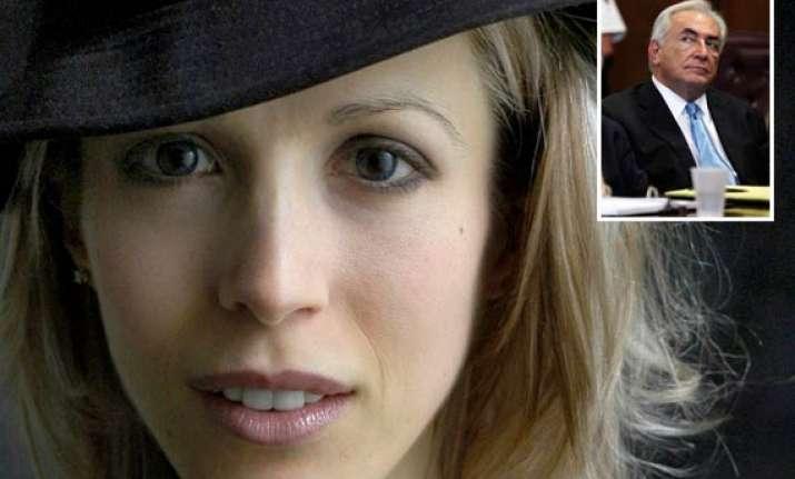 strauss kahn faces new sexual assault complaint