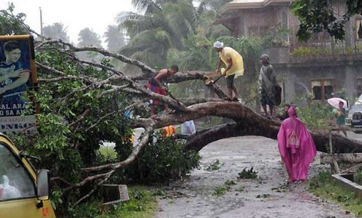 strong typhoon pounds philippines