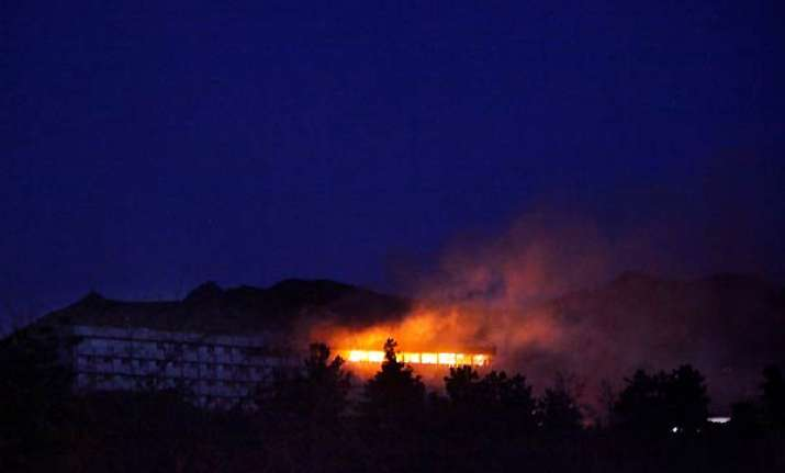 21 killed in taliban assault on kabul intercontinental hotel