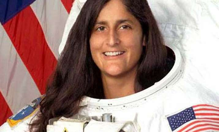 sunita williams greets happy diwali to all indians from