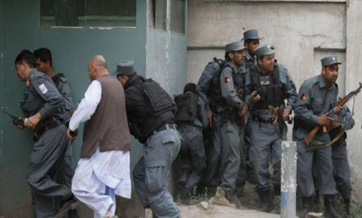 taliban clash with afghan police at security post