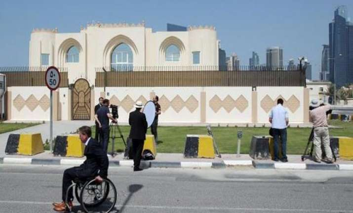 taliban close qatar office to protest flag fracas
