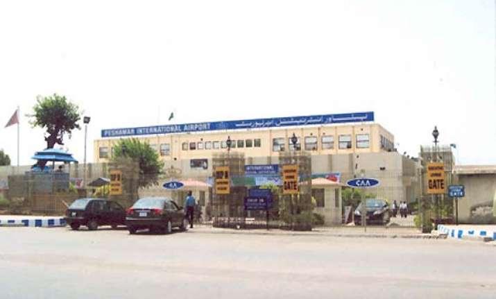 10 dead as taliban storm pakistan airport