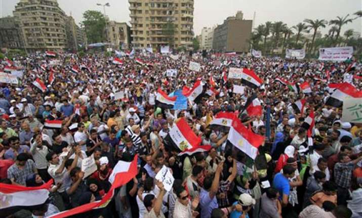 thousands flock to tahrir square for second revolution