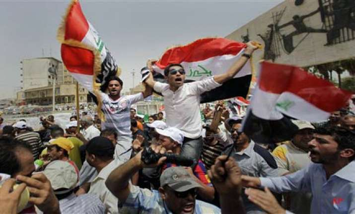 thousands rally in baghdad to protest american presence