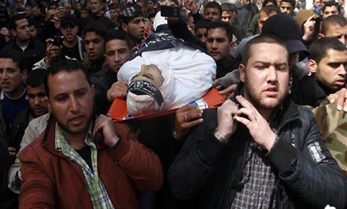 three dead as israeli air force pounds gaza