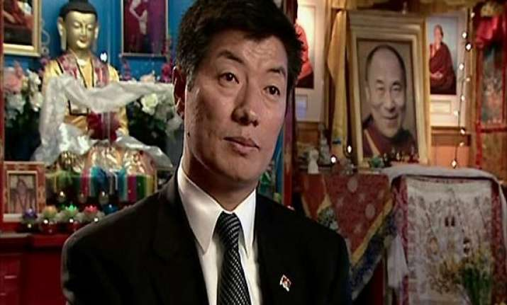 tibetan pm in exile lauds india on i day