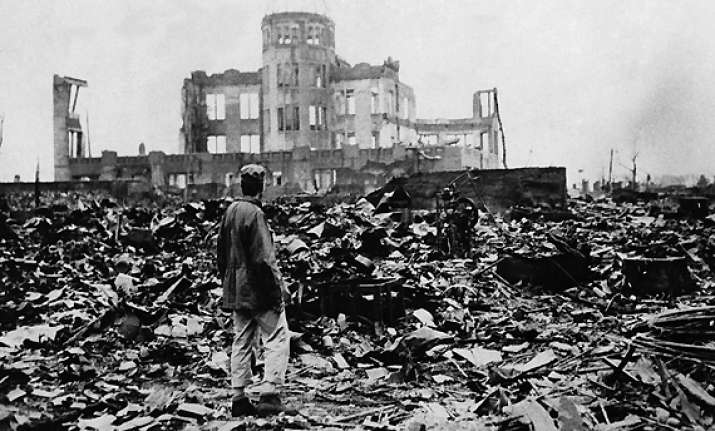 today in history hiroshima bombed watch in pics
