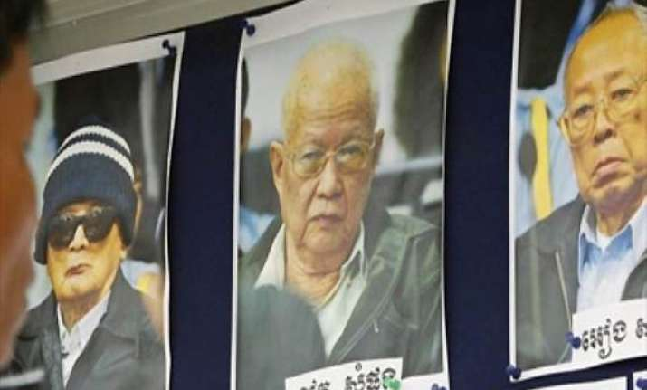 trial of khmer rouge leaders opens in cambodia