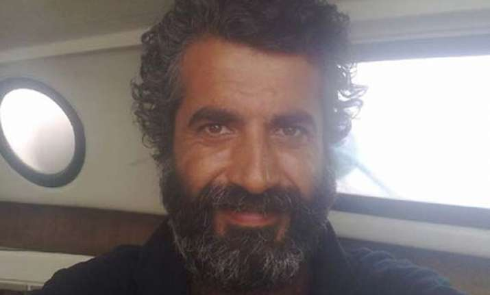 turkish man sails 2 500 miles in search of love