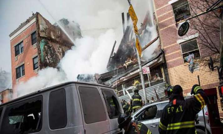 death toll in new york buildings collapse rises to 7