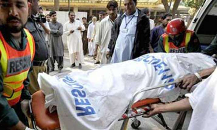 ten killed 50 feared trapped in lahore building collapse