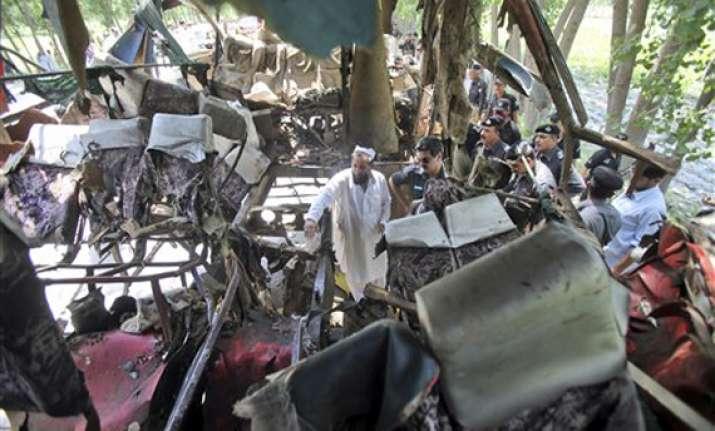 two bomb attacks kill 34 in northwest pakistan