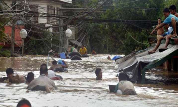 uae delivers food aid to storm victims in philippines