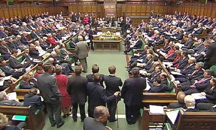 uk moves bill to recall mps