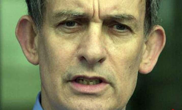uk phone hacking ex notw managing editor arrested released