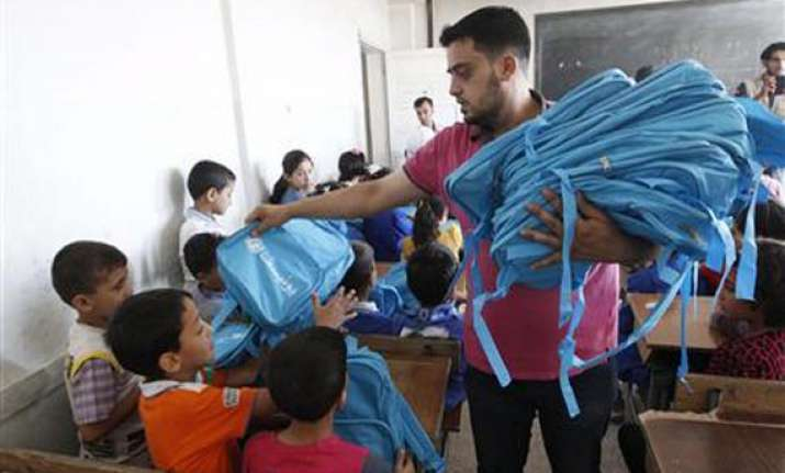un relief efforts stepped up in syria for winter