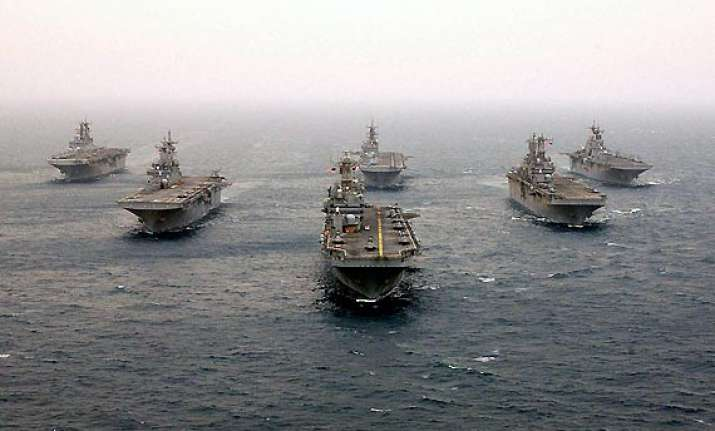 us navy ship quits search for malaysian plane