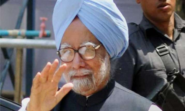 us court asks sikh group to summon manmohan singh by june 18