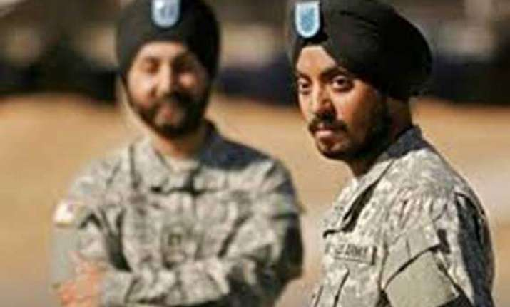 us lawmakers urge pentagon to end ban on sikhs serving in
