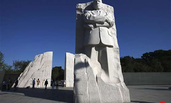 us first family visits memorial to rights leader
