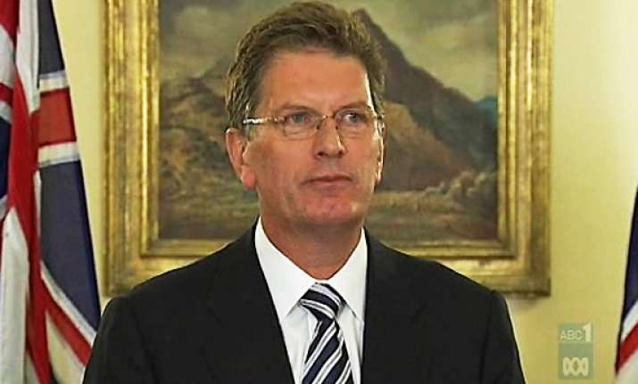 victorian pm condemns attacks on indian cab drivers