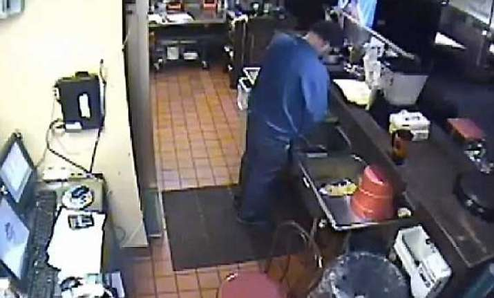 west virginia pizza worker caught urinating in sink fired