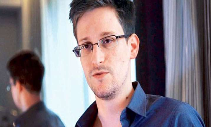 whistleblower edward snowden sneaks out of russia