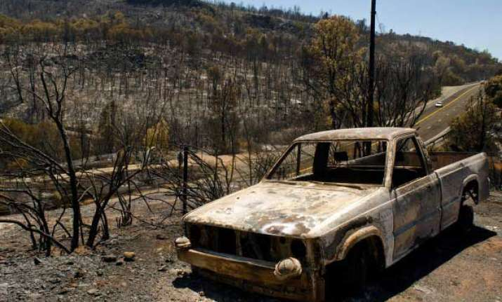 wildfires threaten thousands of homes in northern california