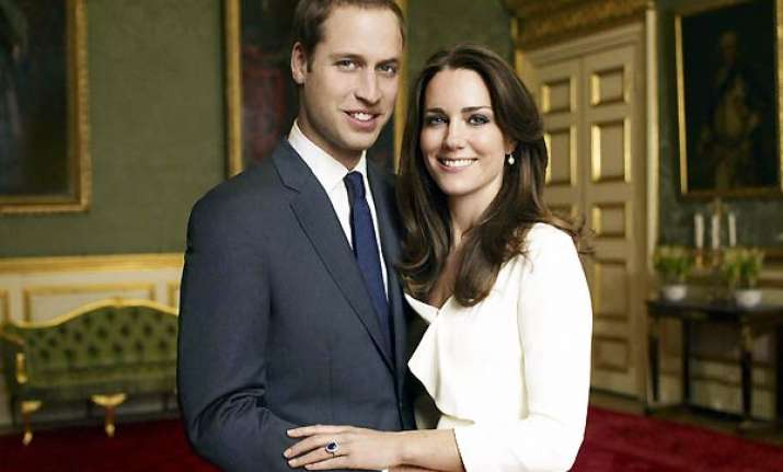 william kate may kiss on the balcony
