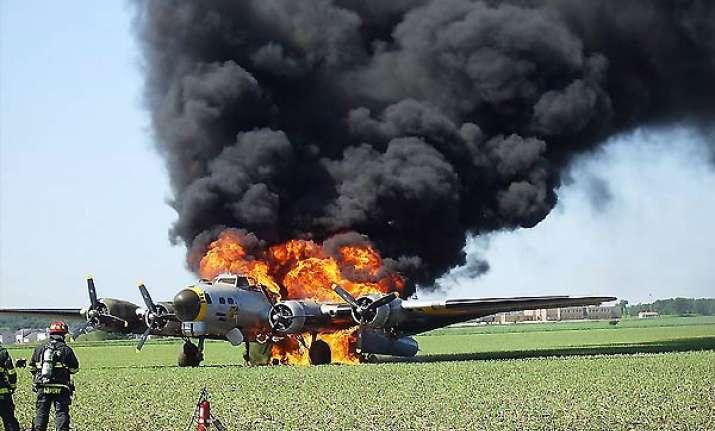 world war ii bomber crashes outside chicago