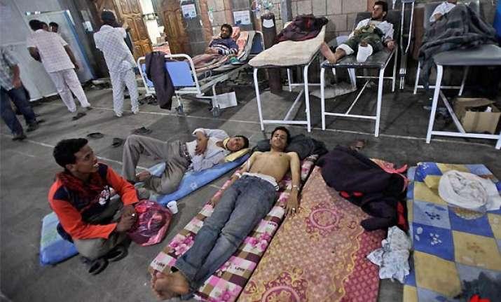 yemeni police kill three wound more ahead of talks