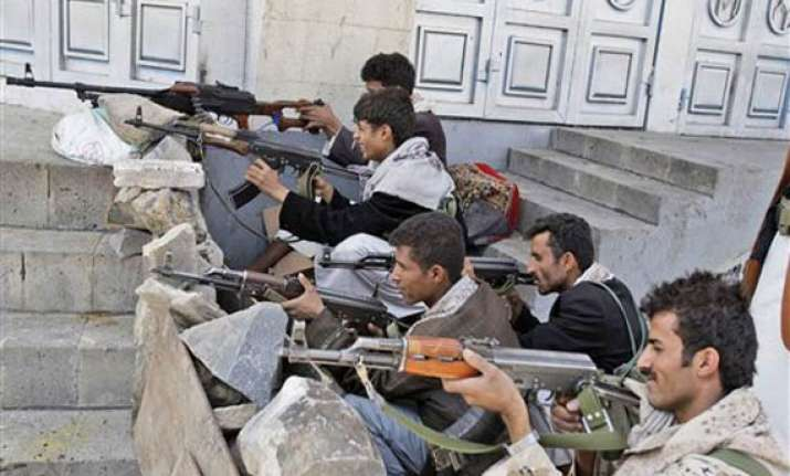 yemeni tribes seize two military camps 124 people killed in