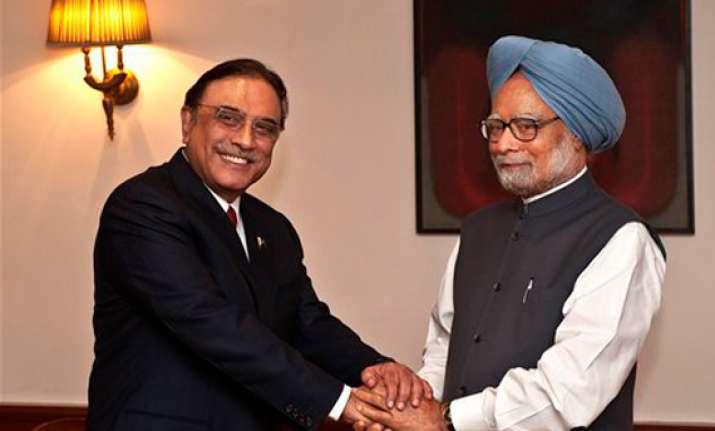 zardari got a tame nudge from india says pak media