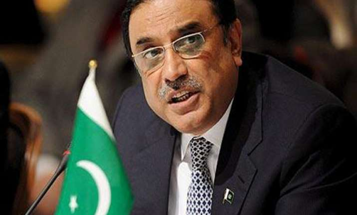 zardari returns home from dubai