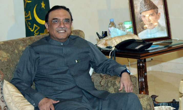 zardari will go back to dubai again reports nyt