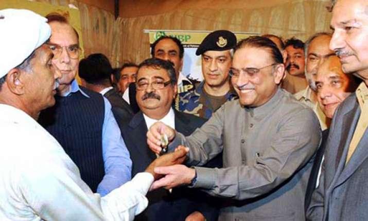 zardari hints at opening of indo pak border trade point