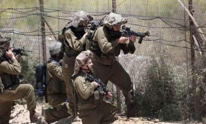 14 dead as israeli troops open fire on palestinians