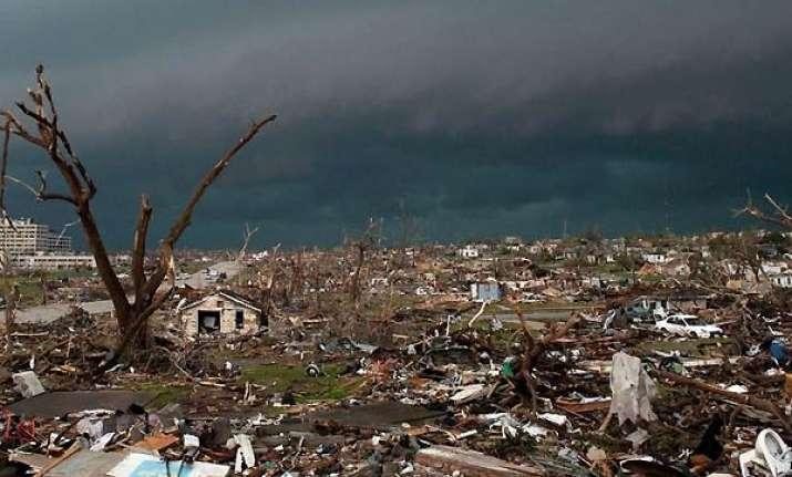 116 dead in america s deadliest tornado for 64 years