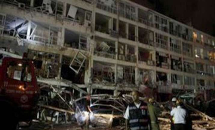 7 dead in gas explosion at restaurant in nw china