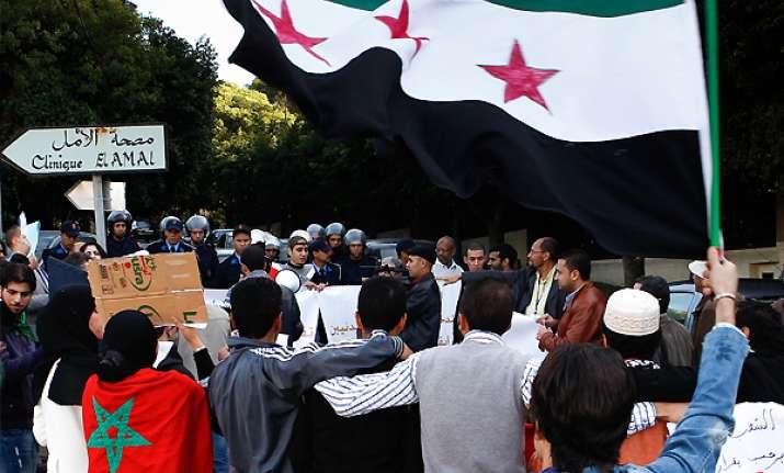 17 dead in syria as arab deadline looms