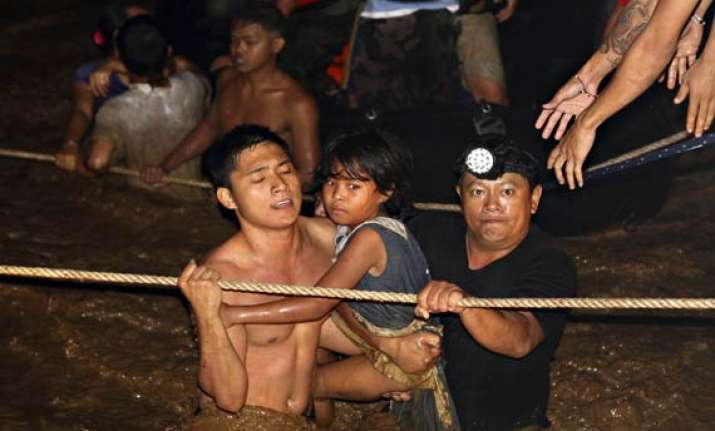 652 dead 808 missing in philippine floods