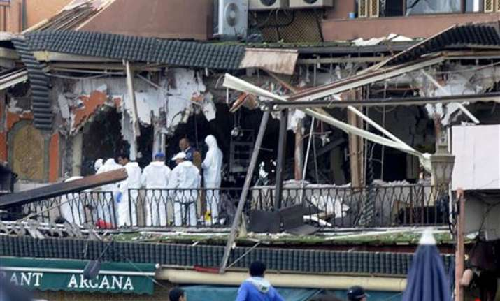 14 killed in blast in morocco cafe