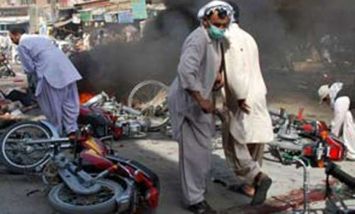 6 killed in blast at political rally in northwest pakistan