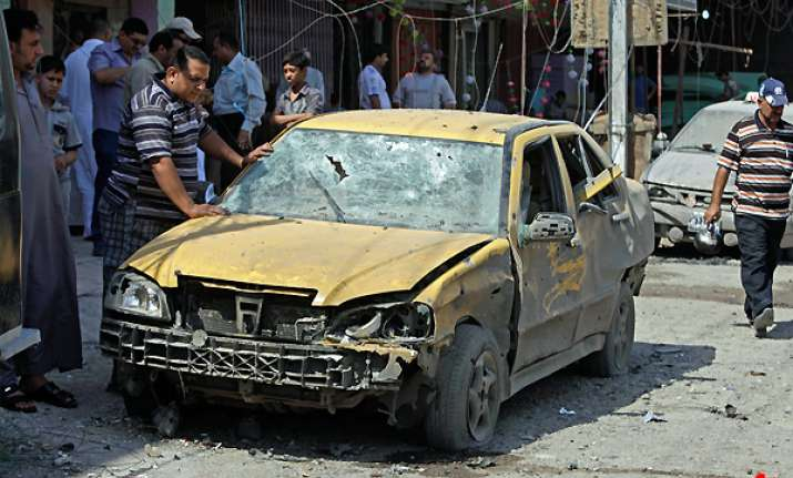 22 killed in iraq suicide car bombings