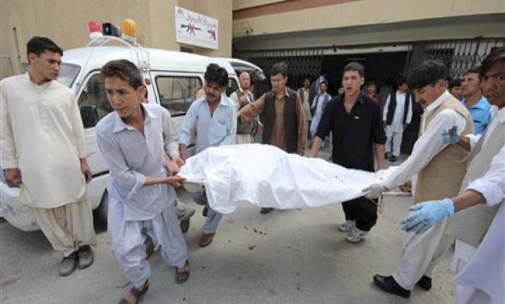 9 killed in sectarian attack in pakistan s quetta